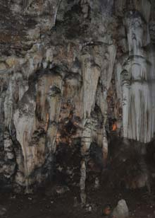 Wonder-Cave-Formations