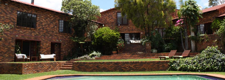 Ekala Guest House - from pool